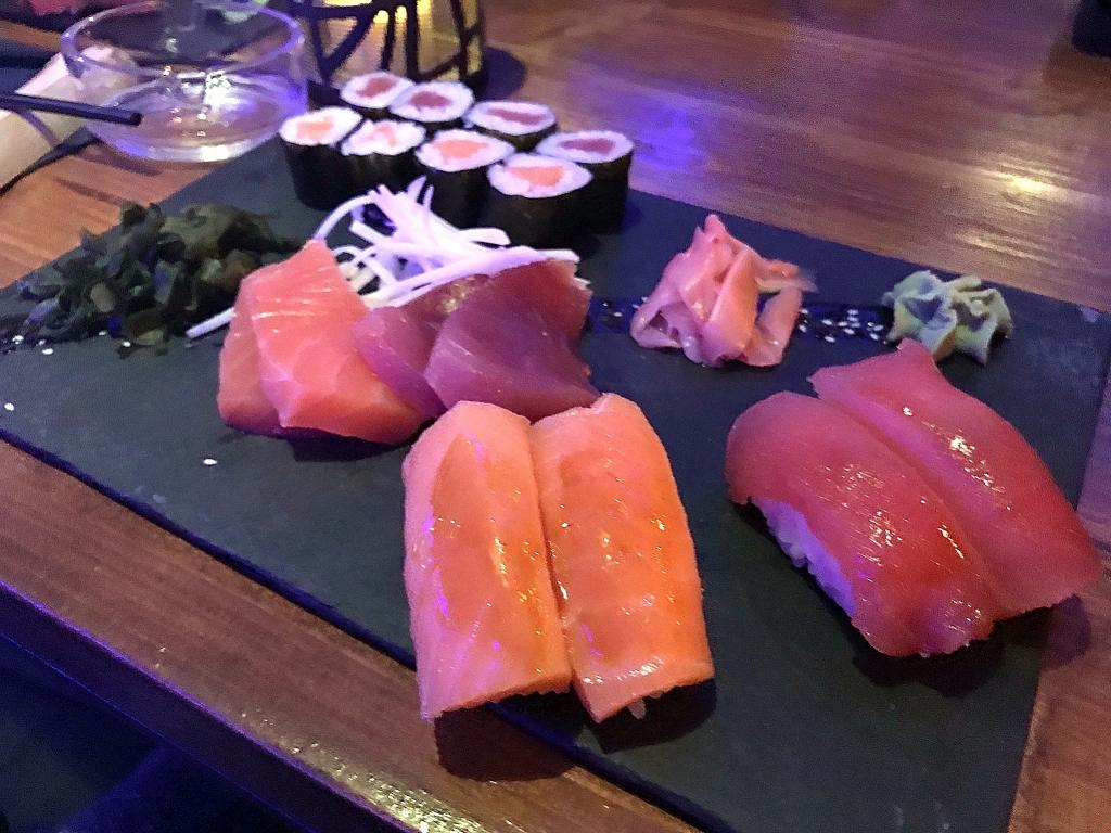 Bonne adresse sushi - yoko - Saint gilles les bains 97434 - plateau
