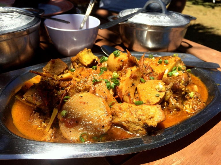 Bonne adresse restaurant Saint-philippe Sud Sauvage - 974 La Reunion - porc palmiste