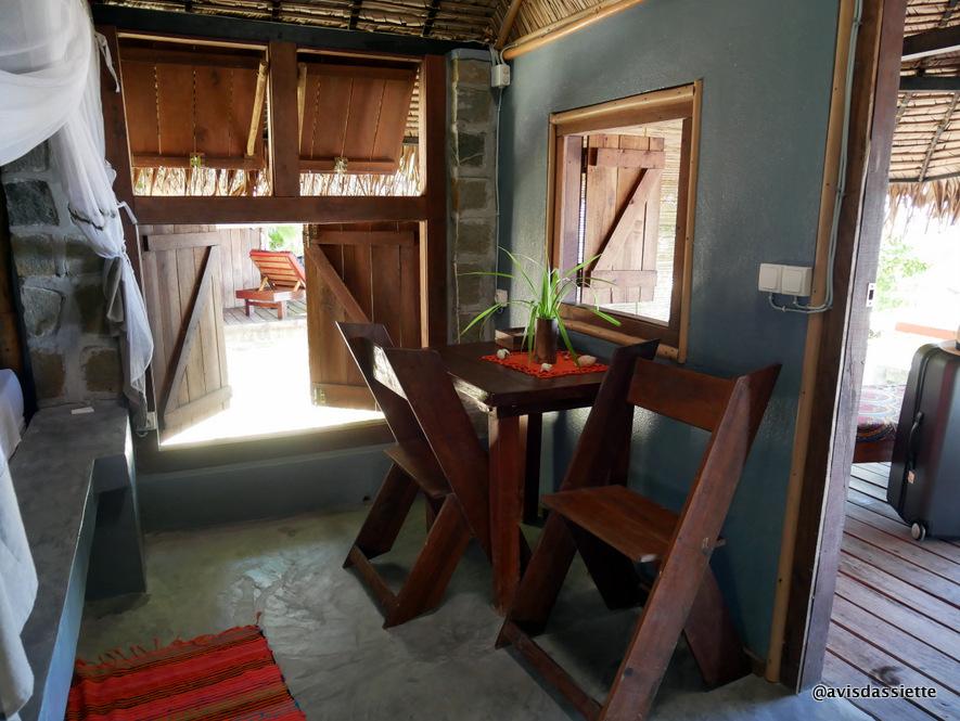 sambatra beach lodge voyage ile aux nattes madagascar bungalow2
