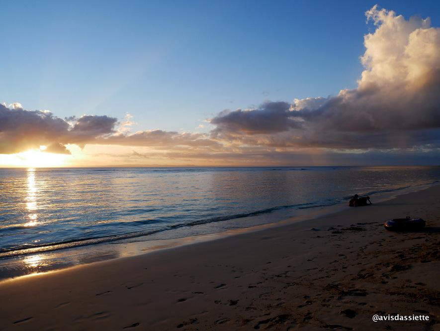 sambatra beach lodge voyage ile aux nattes madagascar coucher soleil 2