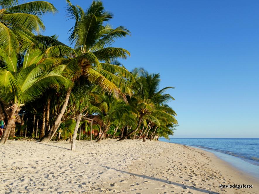 sambatra beach lodge voyage ile aux nattes madagascar plage 3